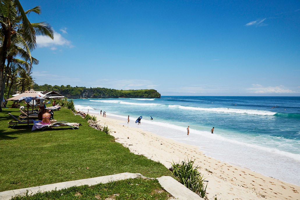 Awesome white beaches to swim, relax and surf