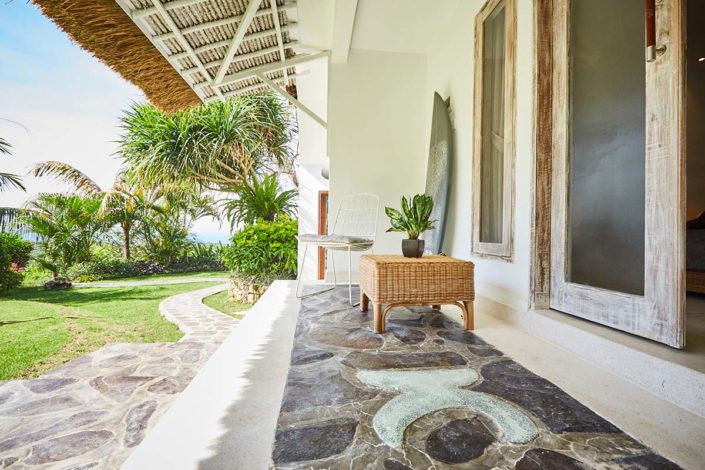 Kamafari Surfcamp Bali | Bali Deluxe room terrace