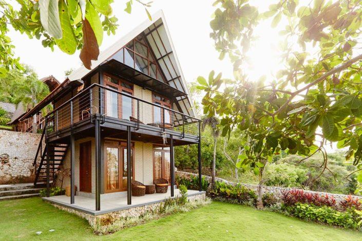 Kamafari Surfcamp Bali | Deluxe Bungalow