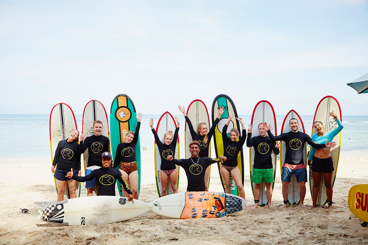 Kamafari Surfcamp Bali | The surfing group