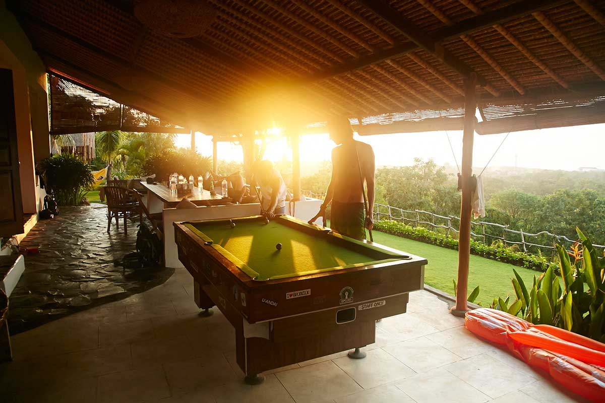 Kamafari Surfcamp Bali | Pooltable