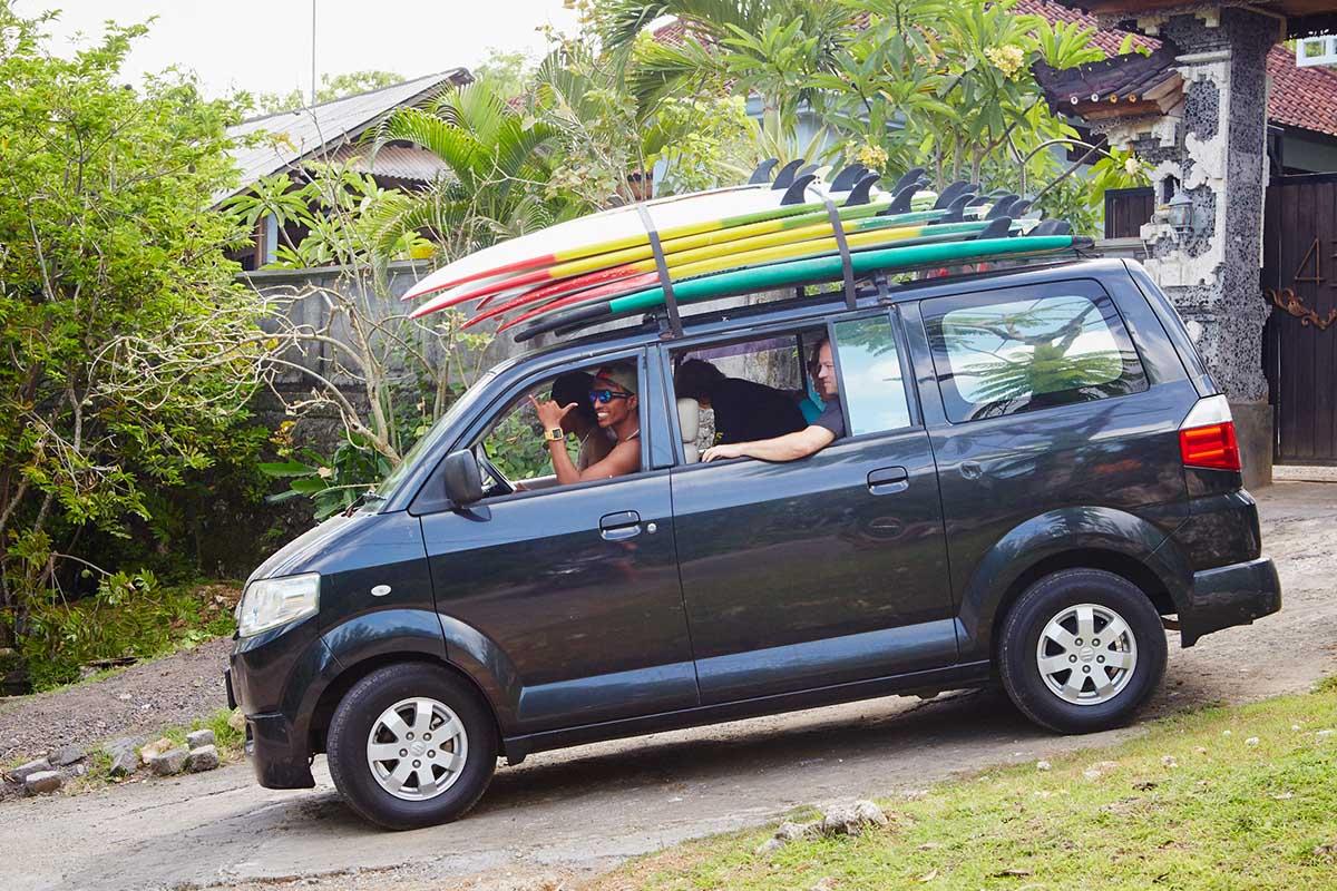 Kamafari Surfcamp Bali | The surf mobil