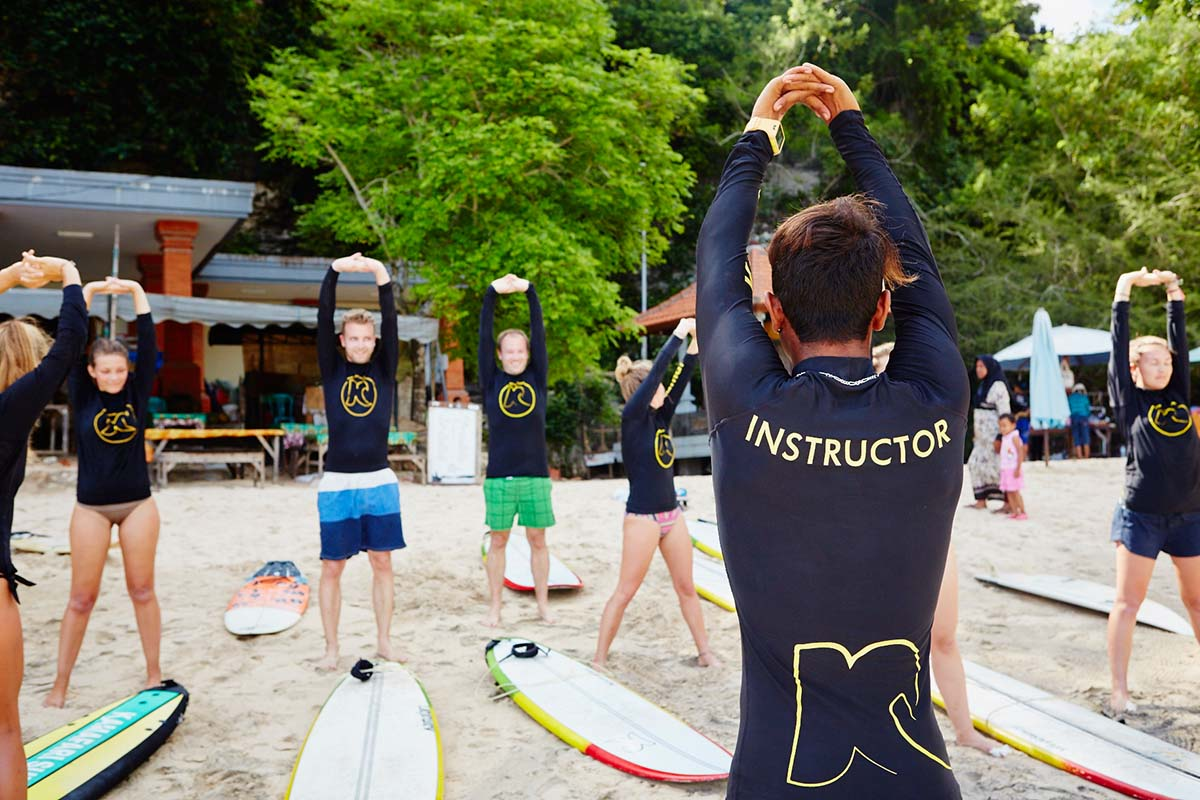 Kamafari Surfcamp Bali | Stretching